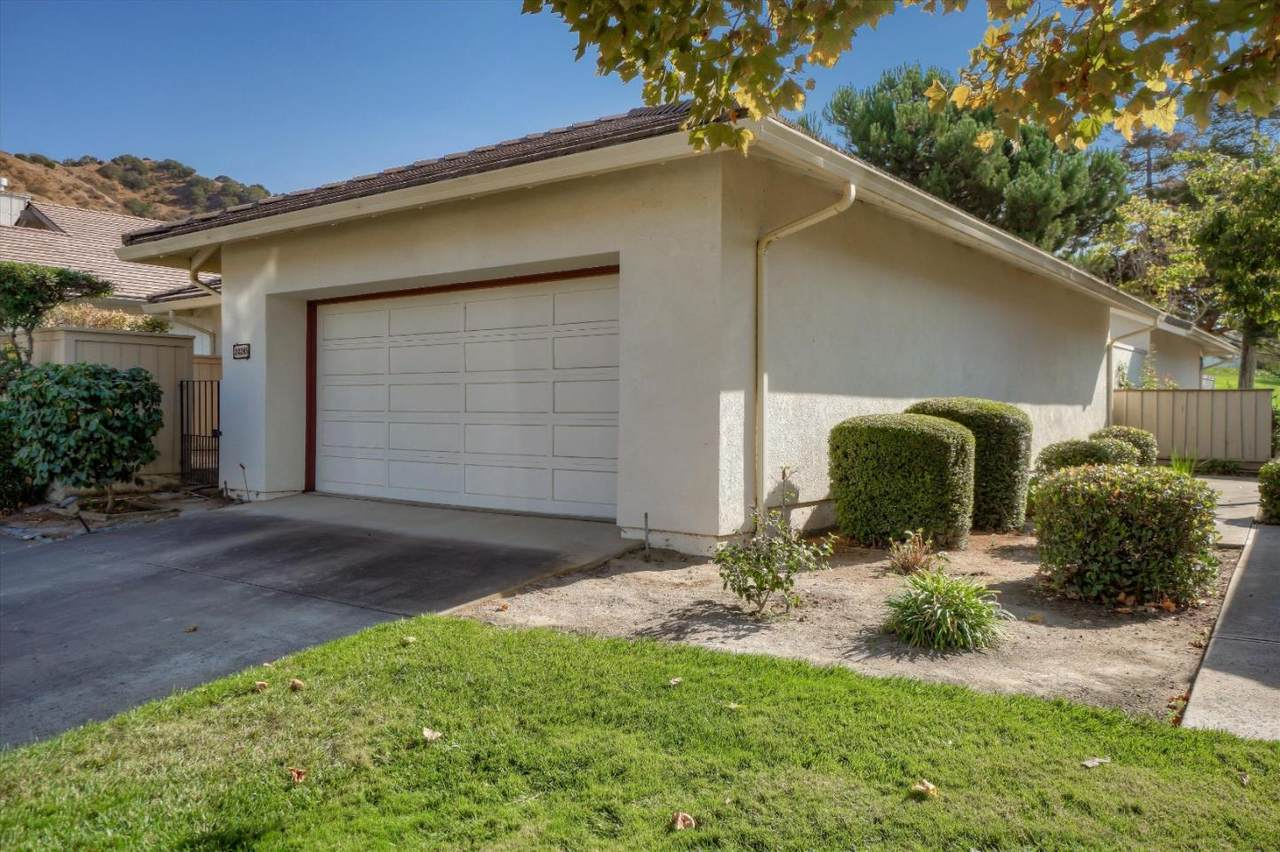 24285 Pheasant Ct - Photo 1