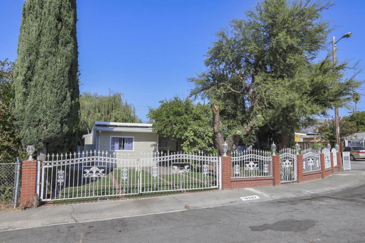 10067 Torrance Ave - Photo 1