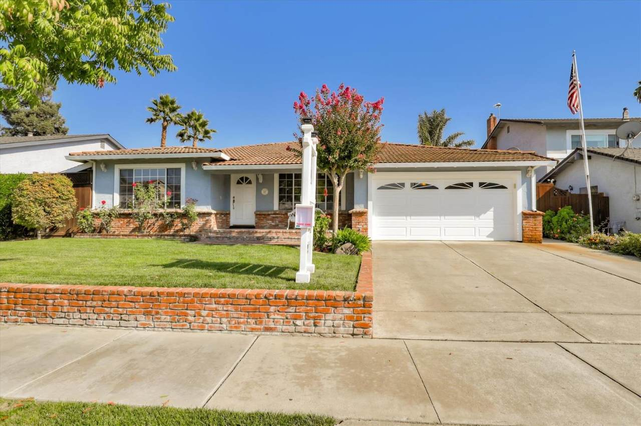 7140 Orchard Dr - Photo 1