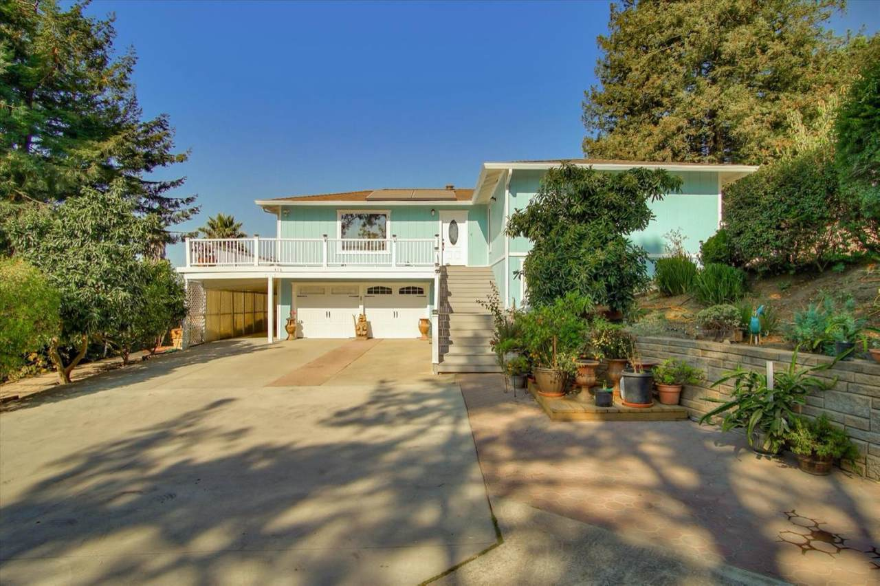 416 Carpenteria Rd - Photo 1