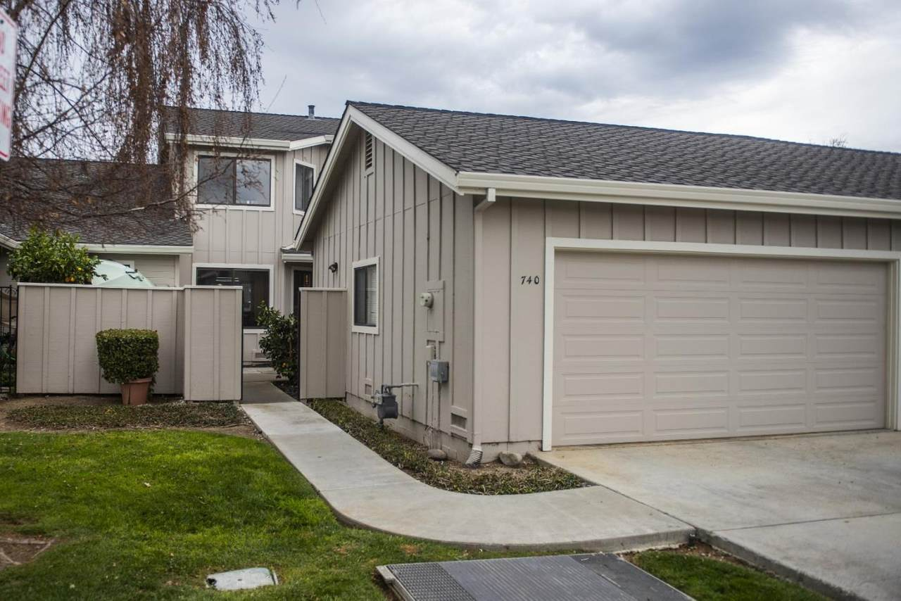 740 Duffin Dr - Photo 1