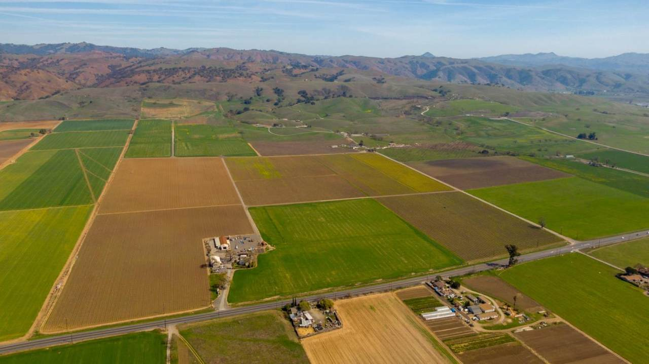 3385 Pacheco Pass Hwy - Photo 1