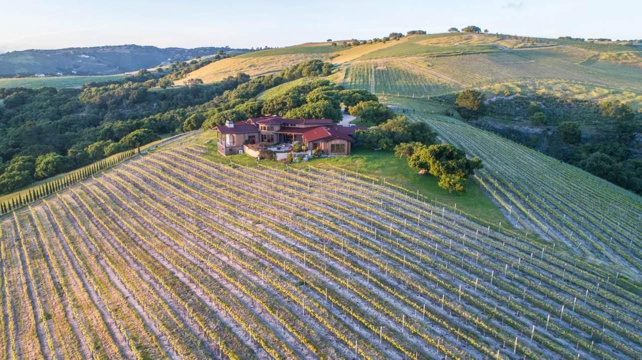 16 Oak Meadow Ln - Photo 1