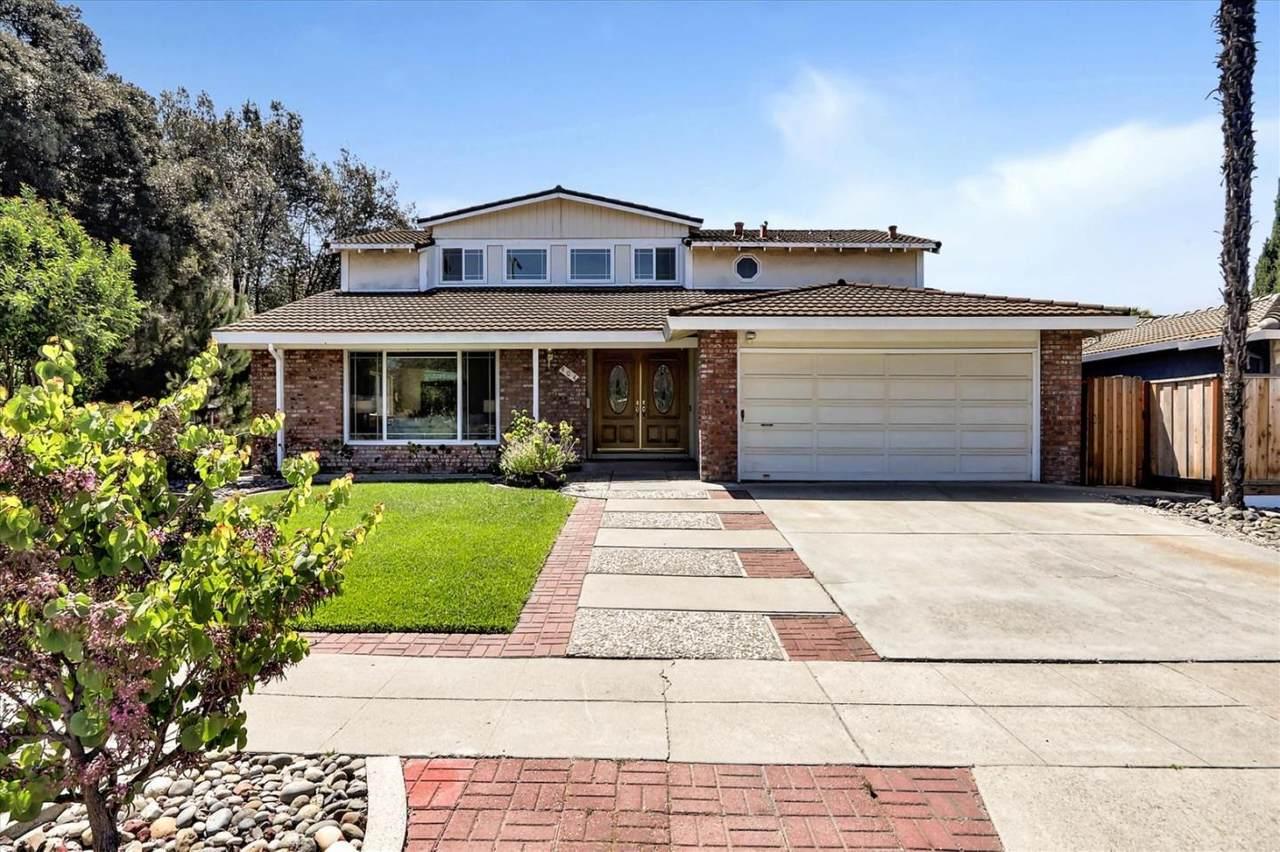 404 Santa Mesa Dr - Photo 1
