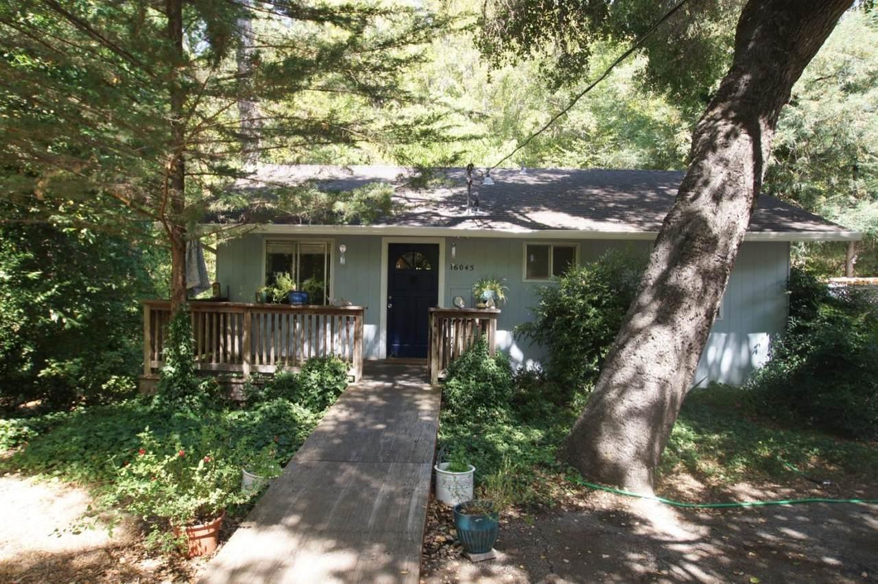 16045 Kings Creek Rd - Photo 1