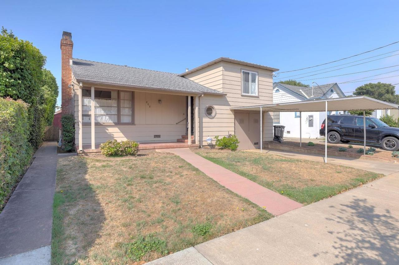 808 Idaho St - Photo 1