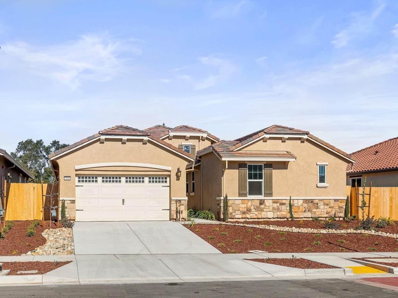 1143 Rancho Way - Photo 1