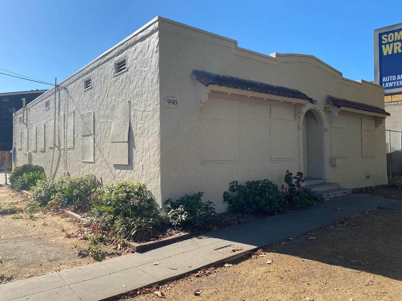 990 Santa Clara St - Photo 1