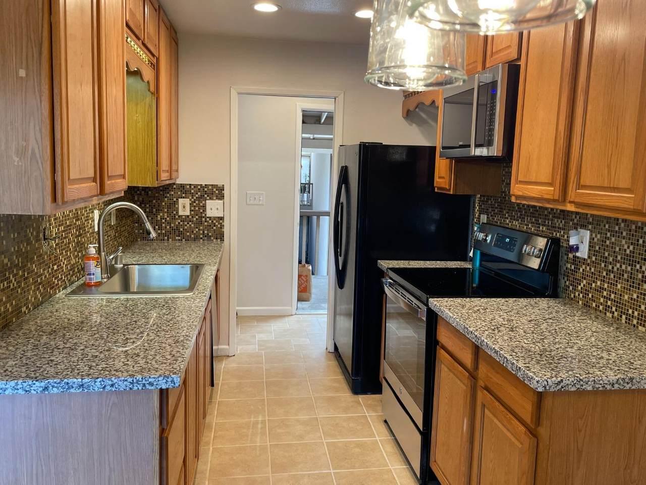 150 Saratoga Ave 348 - Photo 1