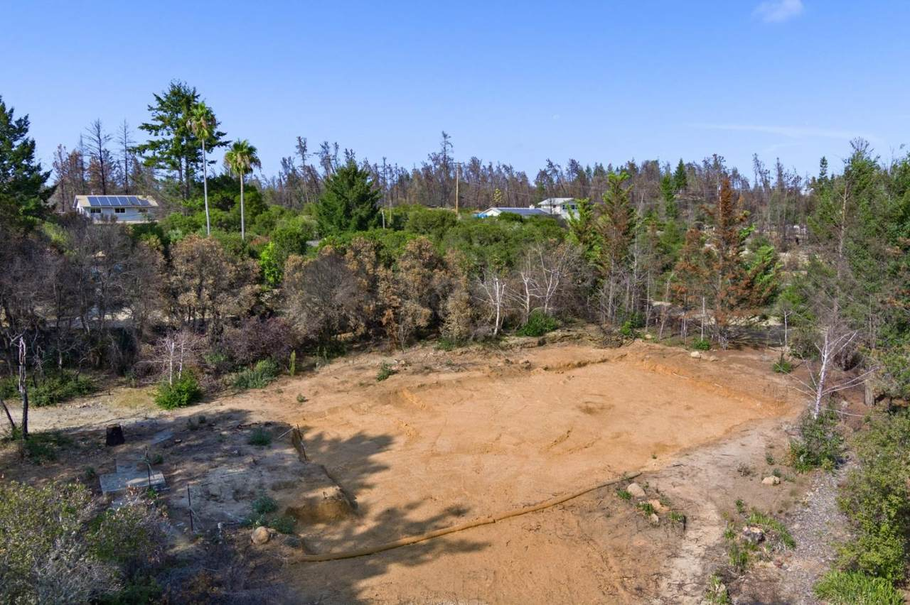 80 Pine Hill Dr - Photo 1