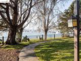 140 Lakeshore Ct - Photo 16