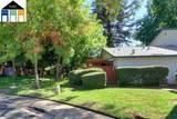 8915 Salmon Falls Drive - Photo 30