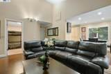 3674 Oakwood Terrace 304 - Photo 11