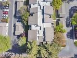 3674 Oakwood Terrace 304 - Photo 22