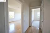 2611 Piedmont Ave 3 - Photo 3