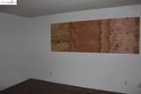 1701 Mahogany Way 34 - Photo 14