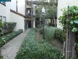 310 Villa Way - Photo 4