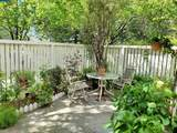 2527 Groveview Dr - Photo 9