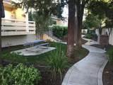 576 Parr Ave 15 - Photo 8
