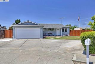 43249 Arkwood St, Fremont, CA 94538 (#BE40782776) :: Carrington Real Estate Services
