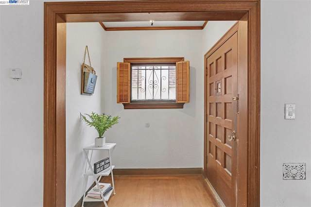 2612 55Th Ave, Oakland, CA 94605 (#BE40890316) :: Strock Real Estate