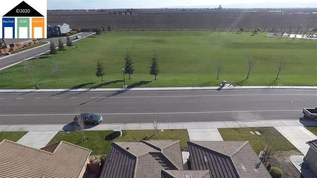 935 Mono, Manteca, CA 95336 (#MR40893648) :: The Kulda Real Estate Group