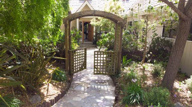 2002 Majella Rd, Pebble Beach, CA 93953 (#ML81798437) :: Intero Real Estate