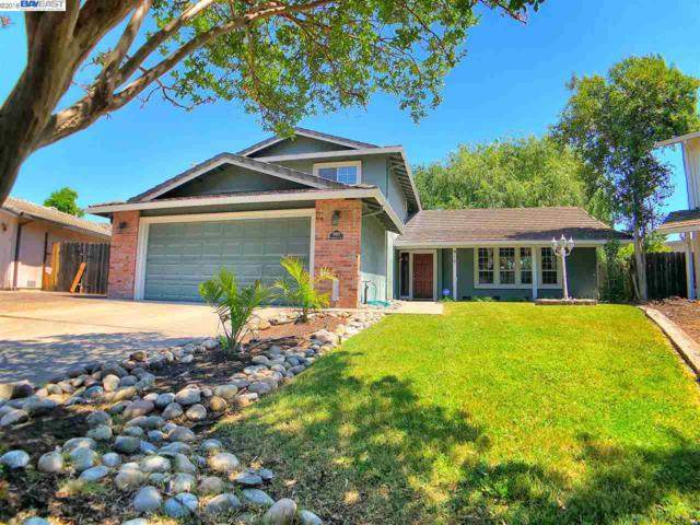 910 Oakhurst Way, Stockton, CA 95209 (#BE40823139) :: The Dale Warfel Real Estate Network
