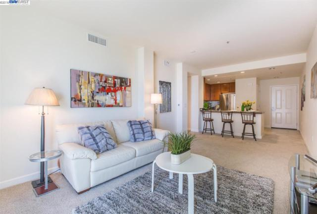 423 7Th St, Oakland, CA 94607 (#BE40823901) :: Strock Real Estate