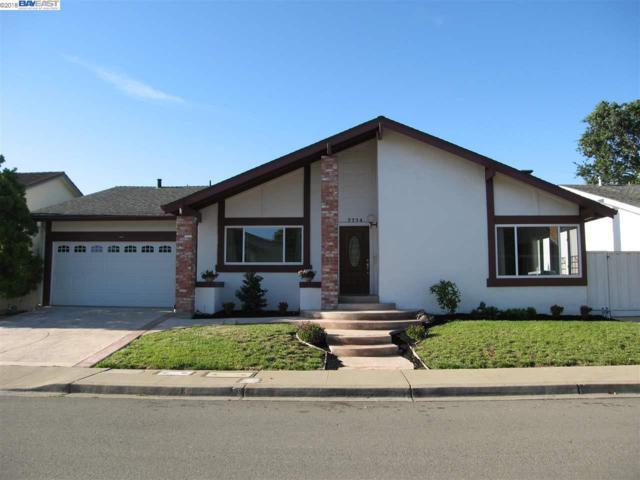 7774 Oak Creek Ct, Pleasanton, CA 94588 (#BE40829612) :: Strock Real Estate