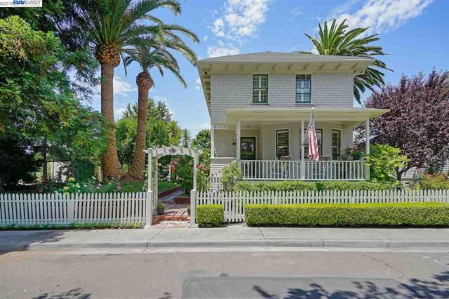 121 Pinole St, Hercules, CA 94547 (#BE40830603) :: The Goss Real Estate Group, Keller Williams Bay Area Estates