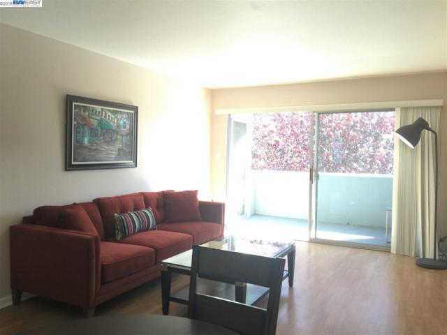 325 Kitty Hawk Rd, Alameda, CA 94501 (#BE40845601) :: The Kulda Real Estate Group