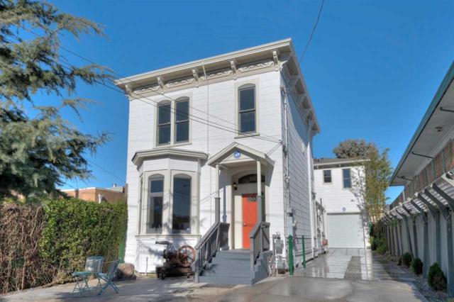 930 36Th St, Oakland, CA 94608 (#BE40848896) :: The Warfel Gardin Group