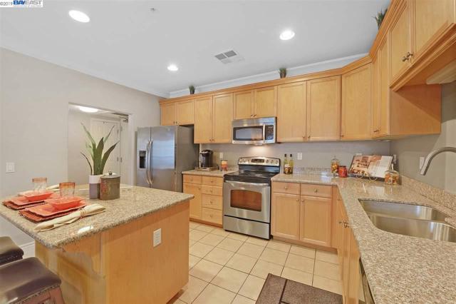 88 N Jackson Ave, San Jose, CA 95116 (#BE40850784) :: The Kulda Real Estate Group