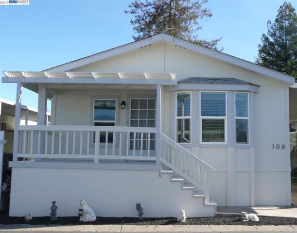 3263 Vineyard Ave., #108, Pleasanton, CA 94566 (#BE40850984) :: Strock Real Estate