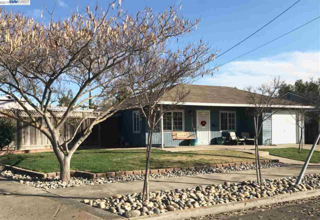 692 Adelle St, Livermore, CA 94551 (#BE40851701) :: Strock Real Estate
