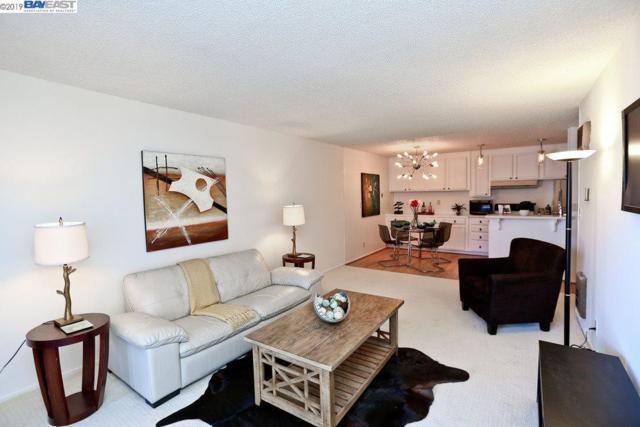 960 Shorepoint Ct, Alameda, CA 94501 (#BE40856612) :: The Goss Real Estate Group, Keller Williams Bay Area Estates
