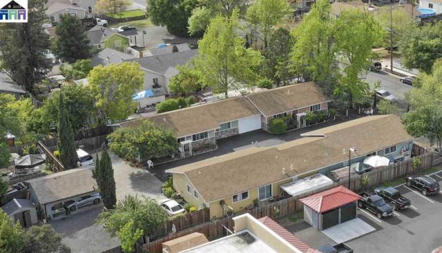 2021 W Pueblo Avenue, Napa, CA 94558 (#MR40861810) :: Strock Real Estate