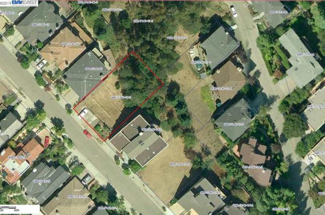 5200 Cochrane Ave, Oakland, CA 94618 (#BE40862829) :: Strock Real Estate