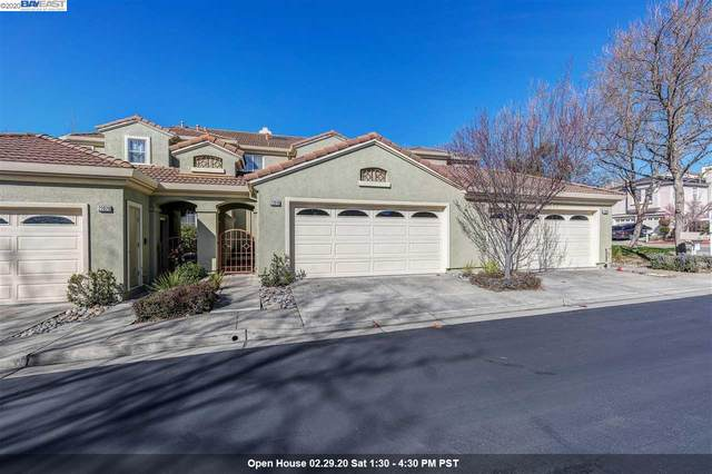 22019 E Lyndon Loop, Castro Valley, CA 94552 (#BE40896634) :: Keller Williams - The Rose Group