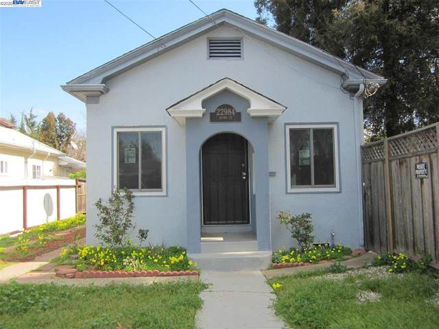 22984 Sutro St, Hayward, CA 94541 (#BE40899879) :: The Kulda Real Estate Group