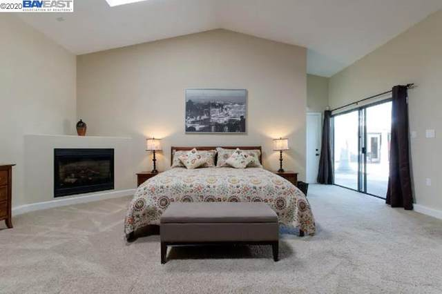 19262 Heyer Ln, Castro Valley, CA 94546 (#BE40900208) :: Real Estate Experts