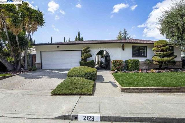 2123 Hillside Dr, San Leandro, CA 94577 (#BE40900441) :: Real Estate Experts