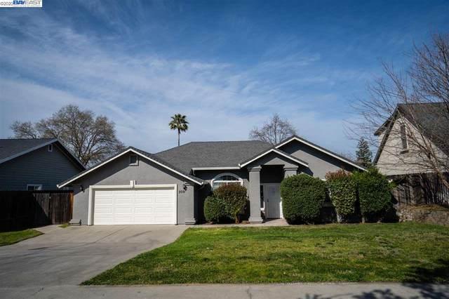 209 Singh Ln, Rio Linda, CA 95673 (#BE40900906) :: The Goss Real Estate Group, Keller Williams Bay Area Estates