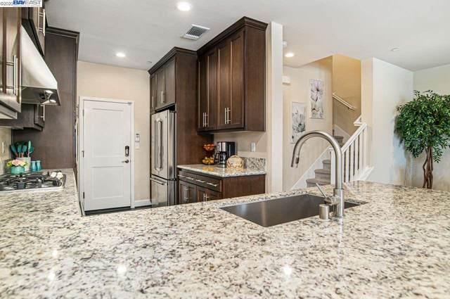 530 Sandalwood Dr, Livermore, CA 94551 (#BE40907973) :: Alex Brant Properties
