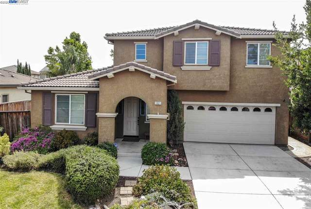 1021 Clear Lake Dr, Oakley, CA 94561 (#BE40908356) :: The Realty Society