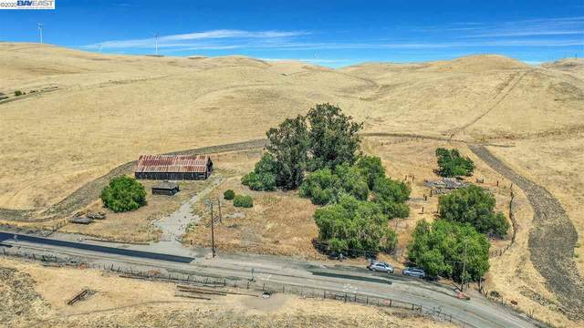 9537 Flynn Rd So, Livermore, CA 94550 (#BE40912140) :: Strock Real Estate