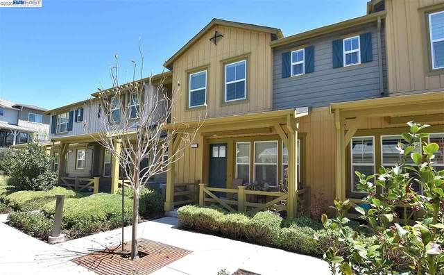 418 Persimmon Cmn 4, Livermore, CA 94551 (#BE40915402) :: Alex Brant Properties