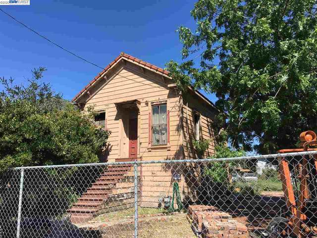 2912 Union St, Oakland, CA 94608 (#BE40918703) :: The Kulda Real Estate Group