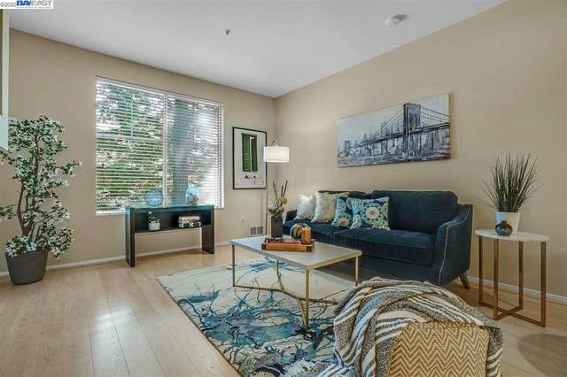 280 Caldecott Ln 121, Oakland, CA 94618 (#BE40919797) :: The Sean Cooper Real Estate Group